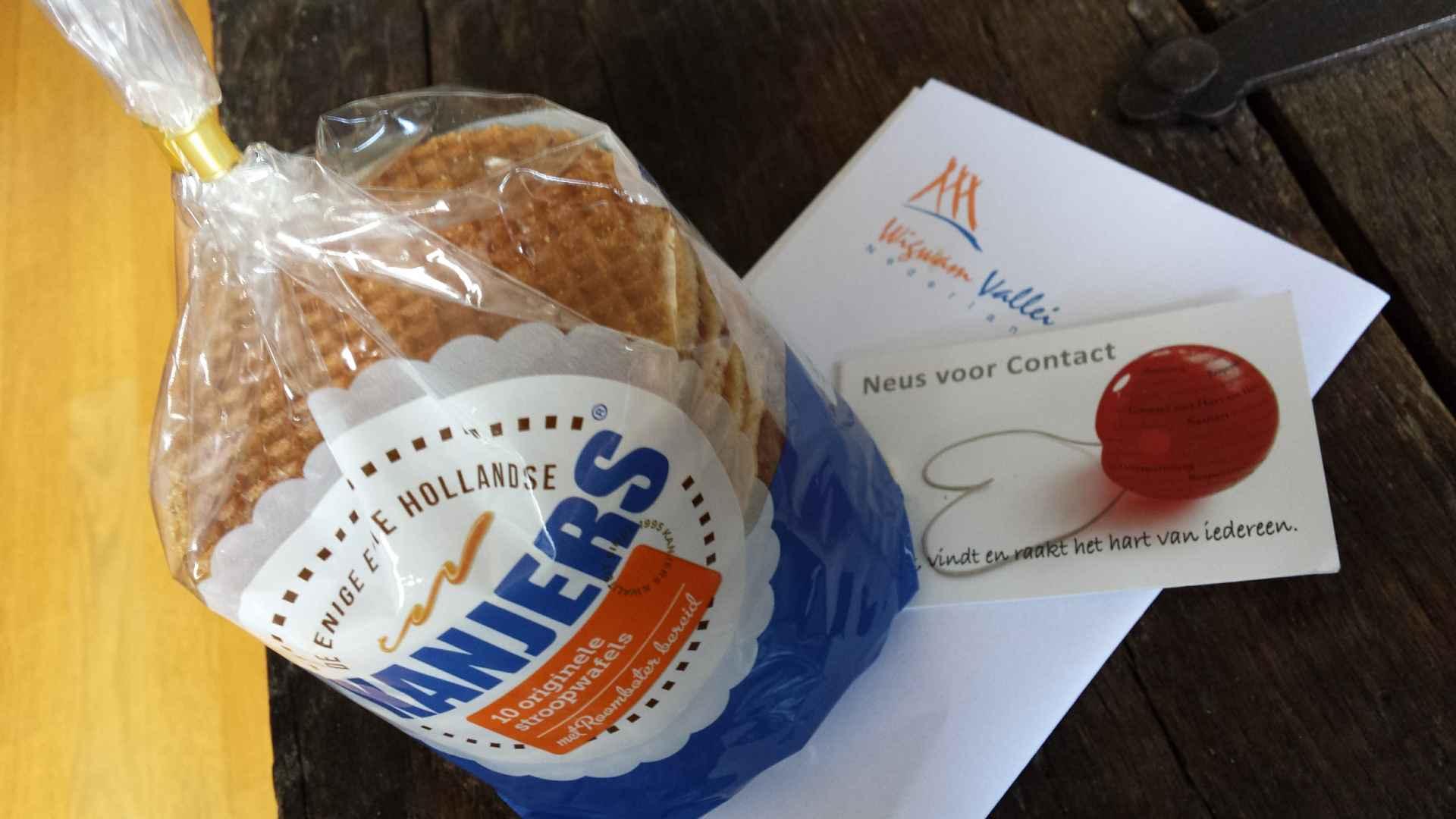 Stroopwafels van Wigwam vakanties en visitekaartje Neus voor Contact www.neusvoorcontact.nl