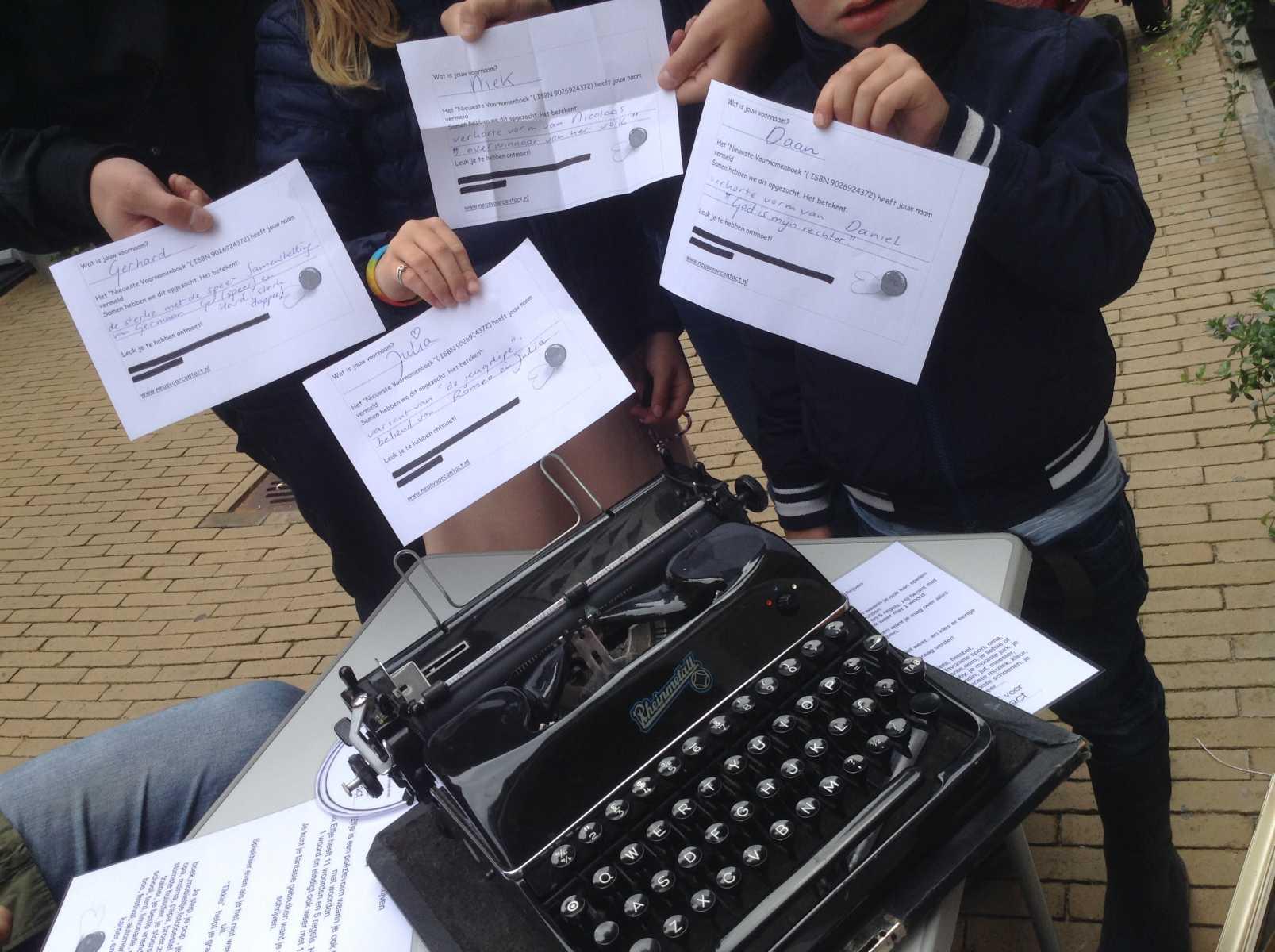Tikkie maakt contact met taal en typemachine interactief op festivals